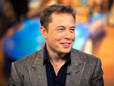Al infinito y más allá…La historia de Elon Musk