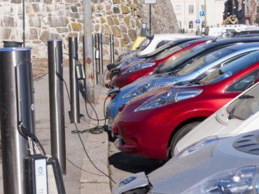 Noruega, primer país en el mundo donde la adquisición de autos eléctricos supera a la del resto de vehículos nuevos